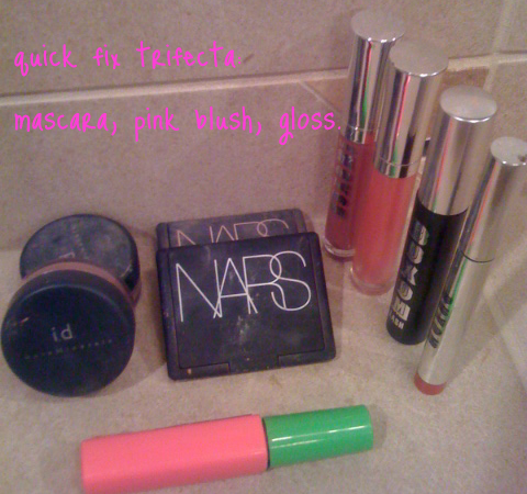 Quick Fix: mascara, pink blush & gloss